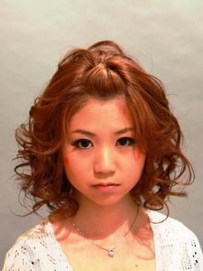 前髪ポンパを合わせたキュートスタイル|美容室パルファンのヘアスタイル