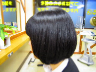 黒髪ショートボブスタイル