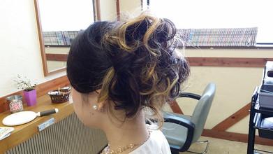 結婚式アップスタイル|びゅうてぃぷらざコア 東岩槻店のヘアスタイル