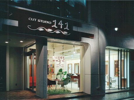 CUT STUDIO 141