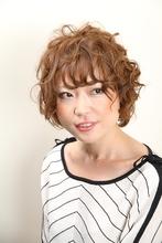 カーリーショート|美容室 晴れ 【ハレ】のヘアスタイル