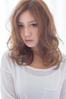 大人気!外国人風ドールカール  担当 大柳|azure/AVEDA hair&spaのヘアスタイル