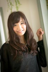 ツヤサラサラモードで大人かわいい前髪のラブクラシカルヘア102