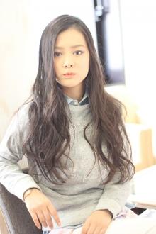 ツヤサラサラモードで大人かわいい前髪のラブクラシカルヘア120|Hair art chiffon 川口東口店のヘアスタイル