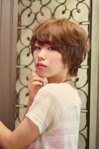 ツヤサラサラモードで大人かわいい前髪のラブクラシカルヘア33