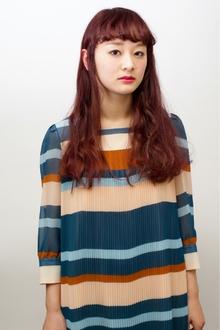 ランダムなパーマにグラデカラー|femmeのヘアスタイル