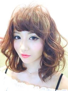 透明感×外国人カラー×ふんわりパーマ|AnFye for prcoのヘアスタイル