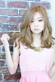 ジンジャー☆フェミニン Paradeのヘアスタイル