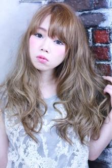 プラチナカラー☆カジュアル Paradeのヘアスタイル