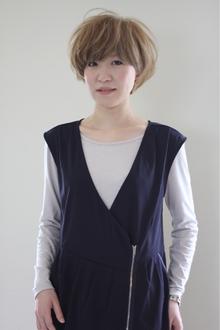 ハイトーン2ブロックマッシュボブ|tranq hair design cram hair designのヘアスタイル