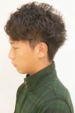 七三風無造作パーマ◆|broto オーナーのメンズヘアスタイル