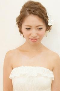 結婚式 二次会に☆海外セレブ風ルーズの編み込み♪