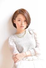 伸びてもキレイな美形ショートボブ|ROOTS Takeuchi Fumiaki のヘアスタイル