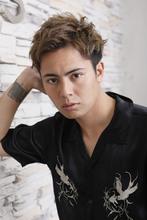 爽やかでクールなソフトモヒカン つやっぽい仕上がりが鍵 ROOTS Hirano Tomomiのメンズヘアスタイル