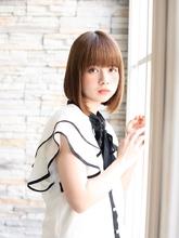 シースルーボブでナチュラルな仕上がり|ROOTS Hirano Tomomiのヘアスタイル