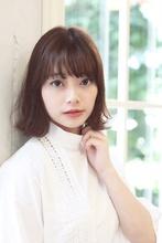 パーマで軽さをプラスした外ハネボブ|ROOTS Hirano Tomomiのヘアスタイル