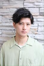 黒髪マッシュをサイドパートとポイントパーマで爽やかに|ROOTS Hirano Tomomiのメンズヘアスタイル