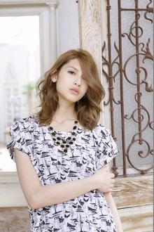 外国人風グラマラスウェーブ|IMAJINE 経堂店のヘアスタイル