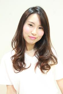 リラックスフェミニン|Arai Hair&Makeのヘアスタイル