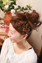 ヘアアクセなしでも華やか☆編みこみアップアレンジ|my HALO 63のヘアスタイル