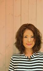 【avli】大人かわいいふわふわパーマ|avliのヘアスタイル