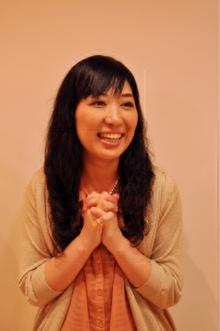 【avli】短めバング・黒髪パーマ|avliのヘアスタイル