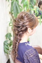 ツイストフィシュボーン♪|Hair&Nail CAMEL 室井 麻衣のヘアスタイル