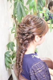 ツイストフィシュボーン♪|Hair&Nail CAMELのヘアスタイル