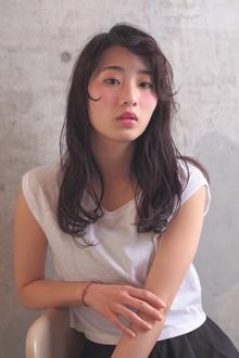 外国人風 / エアリーWAVE / スモーキーアッシュ Coletteのヘアスタイル