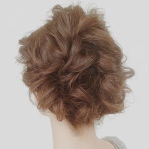 ギブソンタック クラシカルヘアアレンジ|Coletteのヘアスタイル