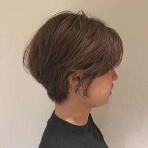 首元スッキリショート|Coletteのヘアスタイル