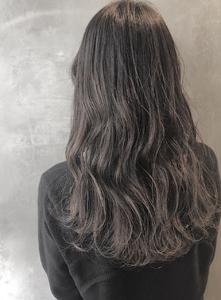 デジタルパーマくすみブラウンハイライトローライト美髪 COLETTEのヘアスタイル