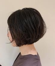 襟足ギリギリボブ|Colette 麻由のヘアスタイル