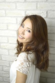 大人フェミニンカール|Hair Lounge Ayung(ヘアラウンジ アユン)のヘアスタイル