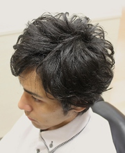 メンズミディアム無造作パーマ|HAIR&GROOMING YOSHIZAWA Inc. PREMIUMのメンズヘアスタイル