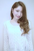 GALLARIA elegante 本山・ハイライトが映える外国人風パーマ|GALLARIA Elegante 本山店のヘアスタイル