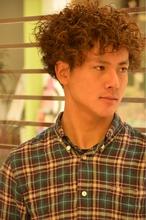 外国人風パーマ|COM'S / i テラスモール湘南のメンズヘアスタイル