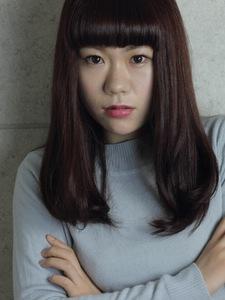 毛先がツンとしない!自然な丸みのストレートスタイル|COM'S 藤沢のヘアスタイル