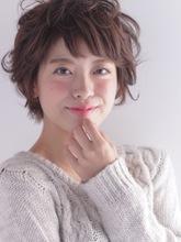 毛先のカールが可愛い♪ショートボブスタイル|COM'S 藤沢のヘアスタイル
