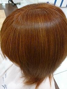 ブリーチonエクラスタカラー|美容室 アシックのヘアスタイル
