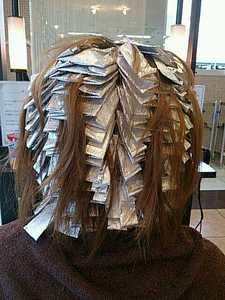 ホイル100枚|美容室 アシックのヘアスタイル