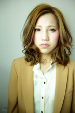 外人風くせ毛パーマ|Hair Resort -Lipe-のヘアスタイル