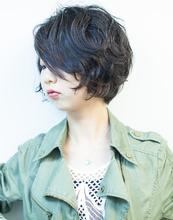 ショートボブ OnGG 大島 梓のヘアスタイル