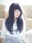 黒髪ロングヘア