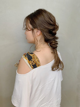ゆるっとアレンジ|Atoroのヘアスタイル