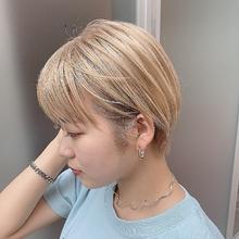 ミルクティーハイベージュカラー☆|Atoroのヘアスタイル