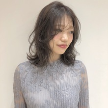 小顔レイヤースタイル|Atoroのヘアスタイル