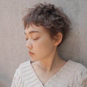 ルーズパーマショート|Atoroのヘアスタイル
