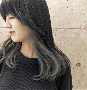 インナーカラー×カーキアッシュ☆|Atoroのヘアスタイル