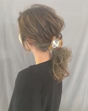 ルーズアレンジ|Atoroのヘアスタイル